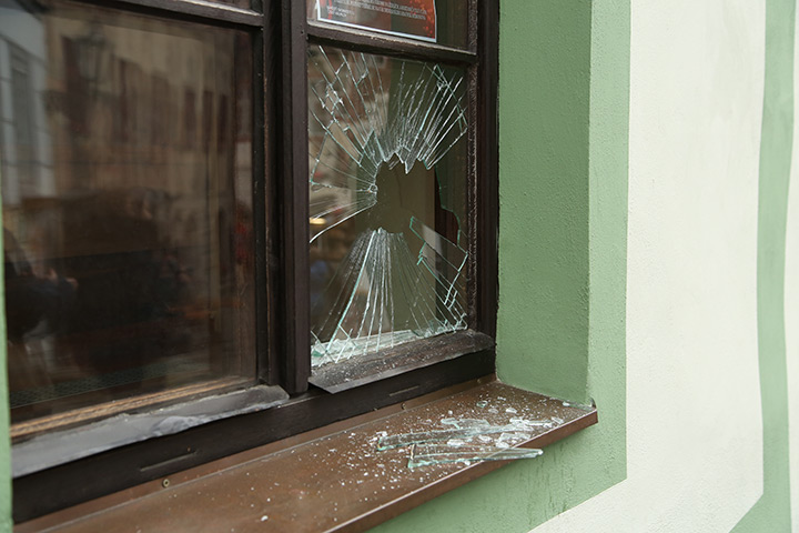 A2B Glass are able to board up broken windows while they are being repaired in Upper Walthamstow.